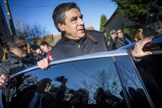 Pour François Fillon, « le quinquennat [de François Hollande] s'achève dans la pagaille politique et la déliquescence du pouvoir.