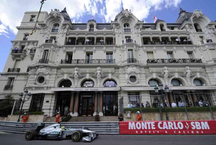 25 mai 2013 à Monte Carlo, lors des essais. Cette fois c'est la victoire qui se profilesur le circuit monégasque. Après un départ en pôle position, l'Allemand mènera la course jusqu'au bout, comme son père trente ans plus tôt.