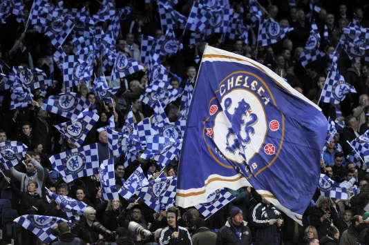 Chelsea a annoncé avoir engagé un cabinet d'avocats afin d'enquêter sur l'un de ses anciens employés suspecté d'avoir commis des agressions sexuelles sur des jeunes footballeurs.