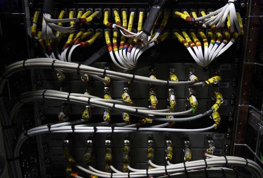 Avalanche est un réseau de machines dont des pirates ont pris le contrôle.