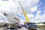 Un yacht Prestige, une des marques du groupe Bénéteau, sur le site des Herbiers (Vendée).