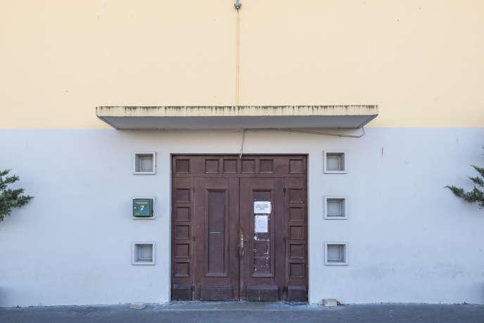 L'ancienne mosquée d'Ecquevilly, dans les Yvelines, aujourd'hui fermée.
