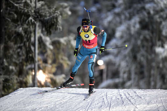 Le Français Martin Fourcade a remporté samedi le 10 km sprint messieurs et conforté sa place de leader du classement général de la Coupe du monde de biathlon.