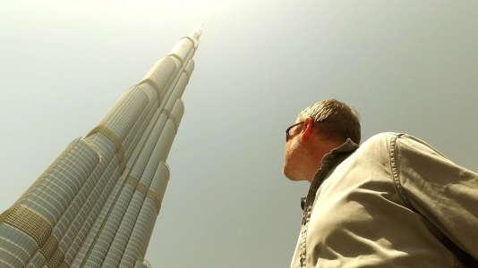 La Burj Khalifa à Dubaï culmine à 828 mètres