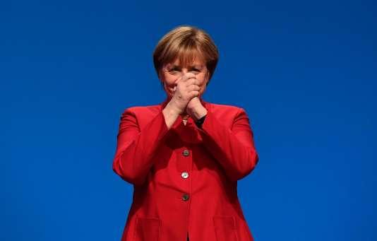 La CDU a réélu Angela Merkel à sa tête pour conduire la campagne électorale de 2017, le 6 décembre.