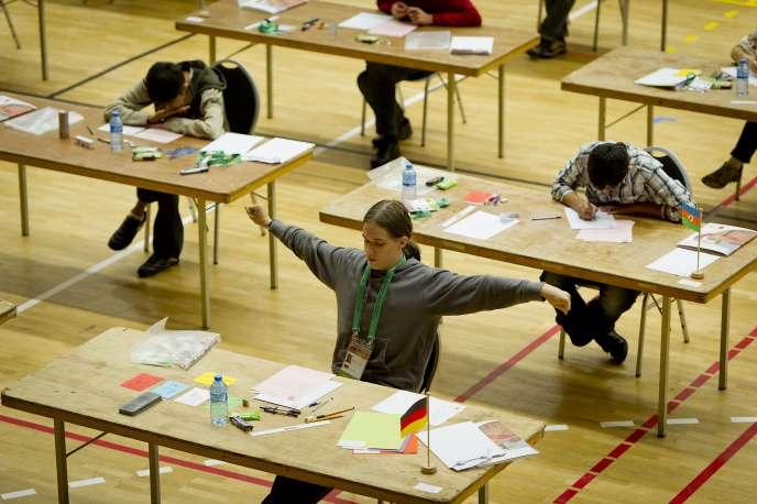 Lors des Olympiades internationales de mathématiques à Amsterdam, en 2011. L'étude PISA permet d'évaluer le niveau des élèves de 15 ans dans 72 pays, en sciences, en mathématiques et en compréhension de l'écrit.