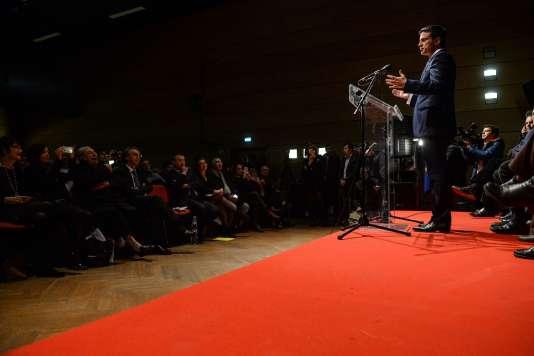 Manuel Valls lors d'un meeting de campagne pour la primaire de la gauche à Audincourt, le 7 décembre.