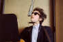 Bob Dylan lors de l'enregistrement de « Bringing it all back home » en mars 1965.