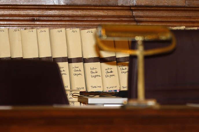 Yvan Colonna a été condamné en juin 2011 à la perpétuité pour l'assassinat de Claude Erignac, le 6 février 1998 à Ajaccio, et pour l'attaque de la gendarmerie de Pietrosella (Corse-du-Sud), où l'arme du crime avait été dérobée.