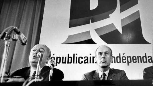 Valéry Giscard d'Estaing (à droite)