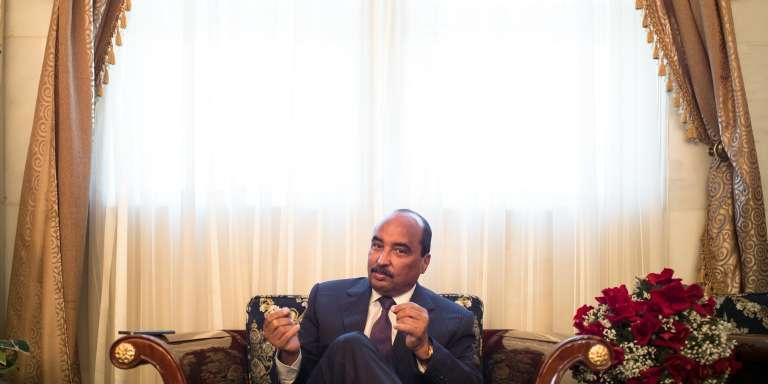 Le président mauritanien Mohamed Ould Abdel Aziz dans son bureau à Nouakchott, le 7 décembre.