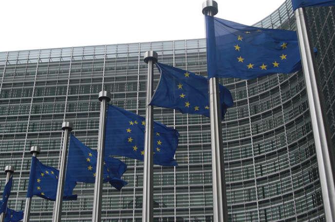 «Le 25 mars, les chefs d'Etat et de gouvernement se réuniront à Rome pour célébrer les soixante ans de l'Union européenne dans un contexte inédit marqué par le Brexit et l'élection de Donald Trump à la tête des Etats-Unis d'Amérique».