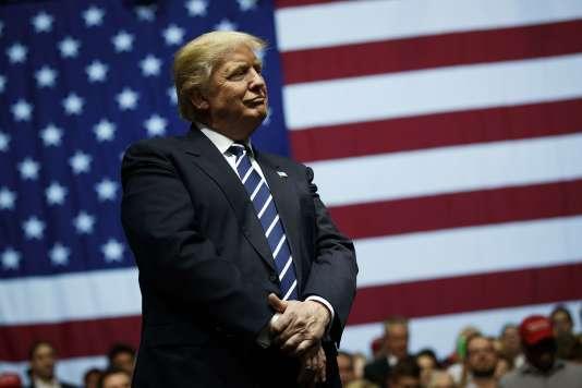 Le président élu Donald Trump a participé à un rassemblement au DeltaPlex Arena, le9 décembre à Grand Rapids, dans le Michigan.