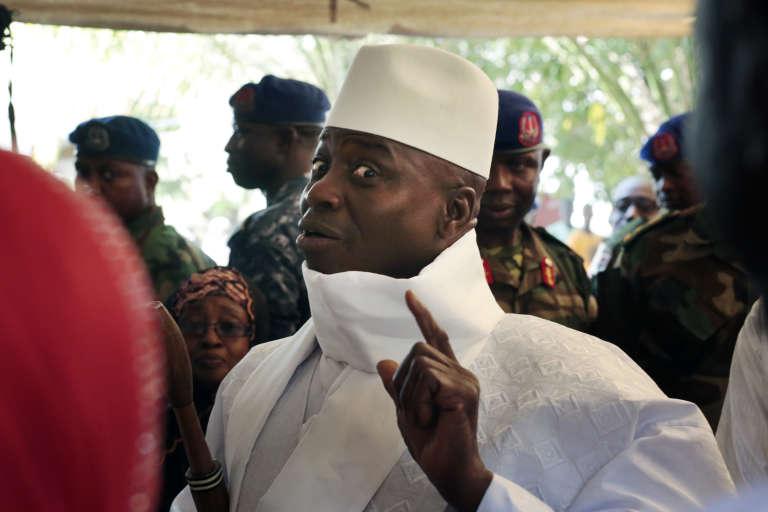 Yahya Jammeh, le 1er décembre à Banjul.
