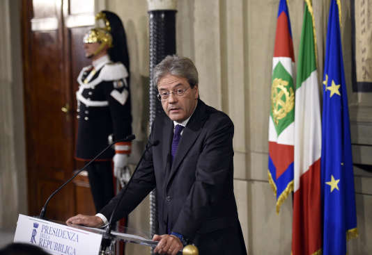 Paolo Gentiloni a annoncé la composition de son gouvernement depuis le palaisdu Quirinal, à Rome, le 12 décembre.