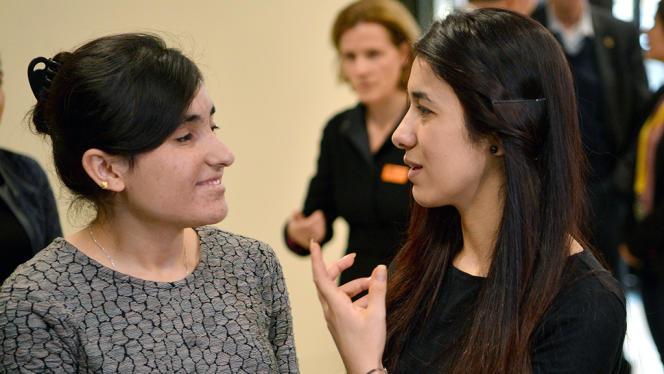 Lamia Haji Bachar (à gauche) etNadia Murad Basee