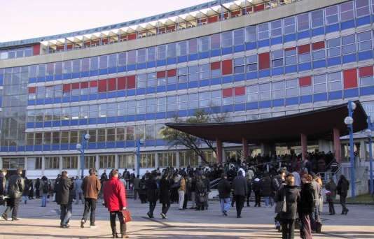 L'université de Strasbourg.
