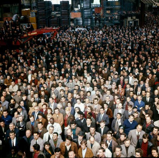 En grève. Ouvriers de l'usine Renault à Boulogne-Billancourt, mai 1968.