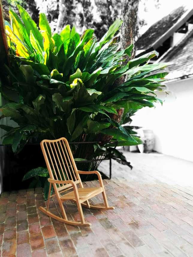 Un modèle de l'éditeur thaïlandais Deesawat,l'un des acteurs majeurs du mobilier d'extérieur.