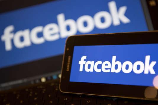 Facebook a publié une annonce pour embaucher un responsable médias.