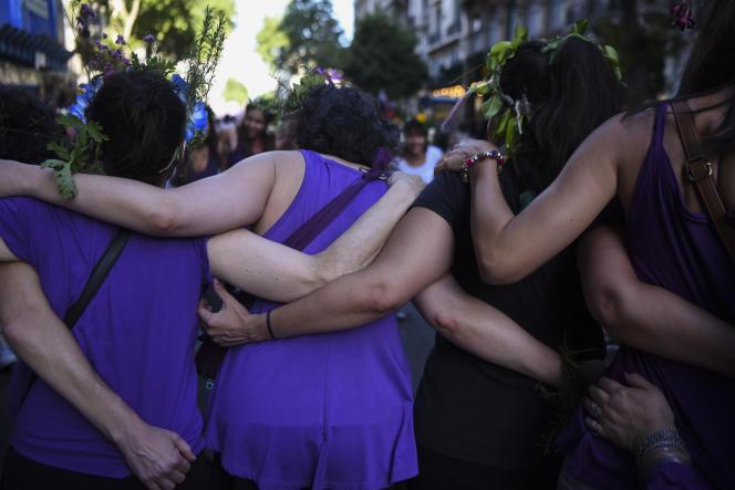Lors de laJournée internationale pour l'élimination de la violence à l'égard des femmes, le 25 novembre à Buenos Aires.