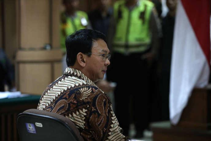 Le gouverneur de Djakarta, Basuki Tjahaja Purnama, lors de son procès pour blasphème le 13 décembre 2016 à Djakarta.