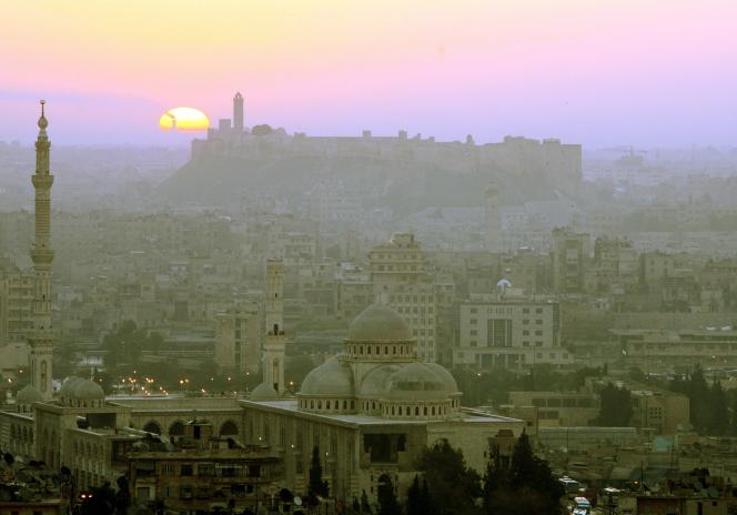 General view of Aleppo in Syria during sunrise March 7, 2006. Aleppo was chosen by the Islamic conference organization in 2004, to become the capital of Arab-Islamic culture on March 18, 2006, after Makkah in 2005. Aleppo, along with Damascus and Sana'a, are the three oldest inhabited cities in human history, and was added to UNESCO's World Heritage List in 1986. REUTERS/ Khaled al-Hariri - RTR1778I