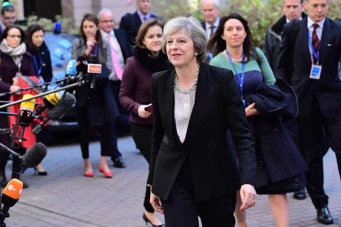 La première ministre britannique, Theresa May, à son arrivée au Conseil européen de Bruxelles, le 15 décembre 2016.