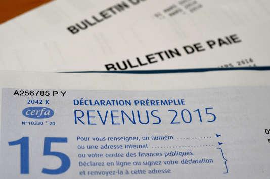 Déclaration d'impôts sur le revenu 2015.