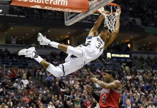 Antetokounmpo est devenu le joueur le plus spectaculaire de la NBA.
