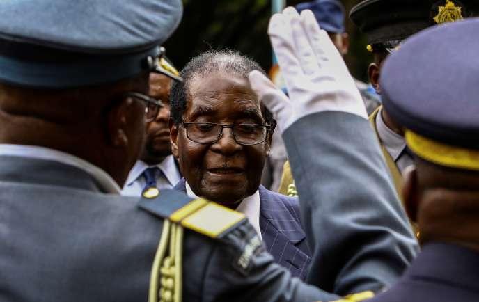 Le président du Zimbabwe, Robert Mugabe, à Harare, le 6 décembre 2016.