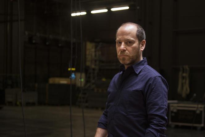 Arthur Nauzycielau théâtre de la Colline, à Paris.
