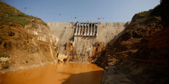 Vue du barrage hydrolélectrique Gibe III lors de son inauguration le 17 décembre 2016, à Shoma Yero dans le sud-ouest de l'Ethiopie
