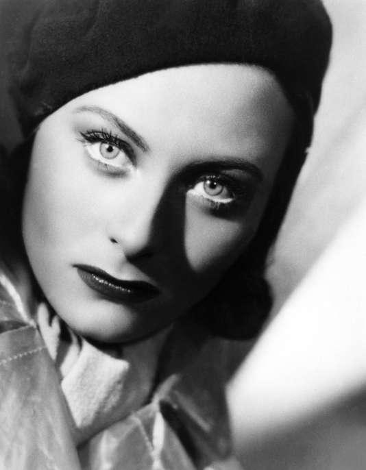 Dans Le Quai des Brumes de Marcel Carne avec Michele Morgan 1938 (scénario de Jacques Prevert)