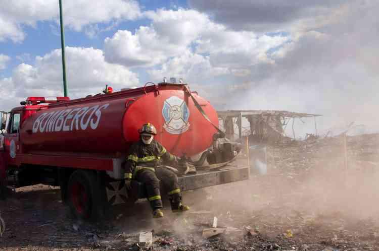 Après trois heures d'efforts, les pompiers sont parvenus àmaîtriserl'incendie.