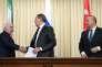 Les ministres des affaires étrangère d'Iran, de Russie et de Turquie lors de leur réunion à Moscou le 20 décembre.
