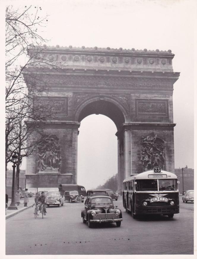 L'un des autobus parisiens livrés par Chausson à la RATP.