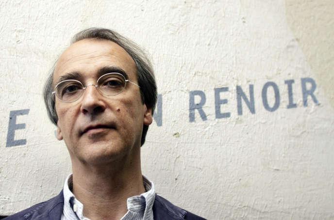 Marc Nicolas, directeur de la Fémis, l'école nationale supérieure des métiers de l'Image et du Son, pose, le 27 juillet 2006 à Paris.
