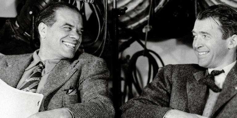 Prod DB © RKO / DR LA VIE EST BELLE (IT'S A WONDERFUL LIFE) de Frank Capra 1946 USA avec Frank Capra et James Stewart sur le tournage