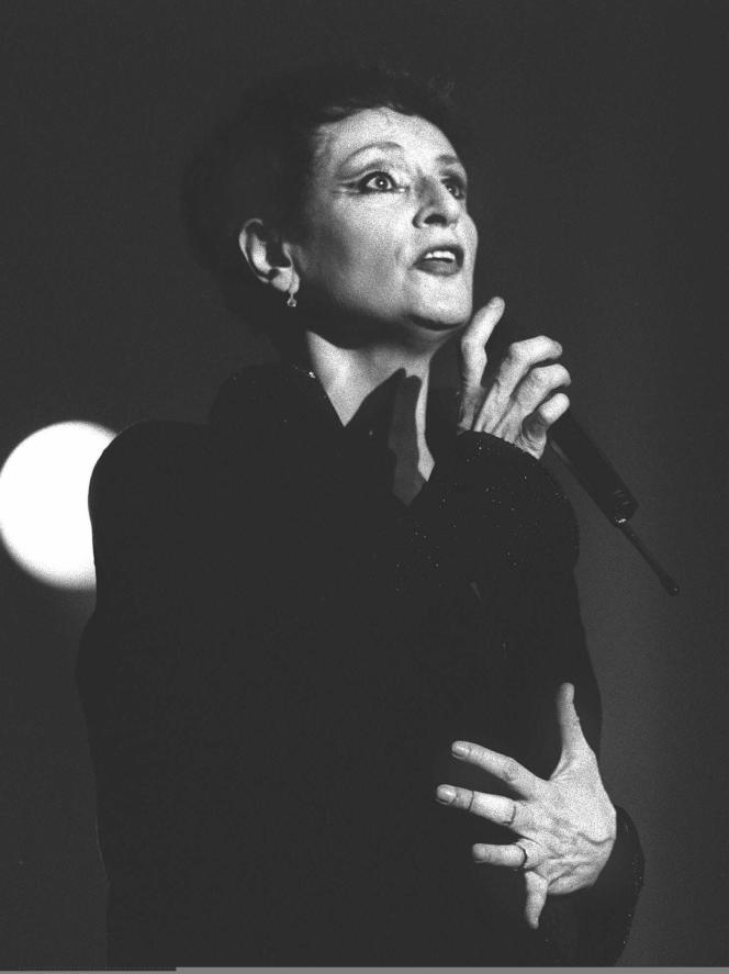 La chanteuse Barbara, en 1987.
