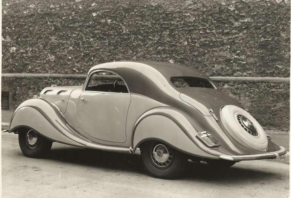 La Panhard Dynamic (1936-1939) met en lumière un passé révolu, oublié, enterré: celui des opulentes limousines made-in-France.