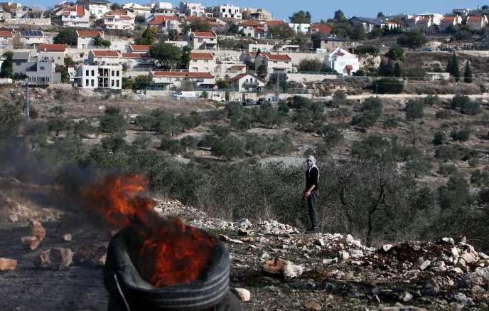 Lors d'une manifestation contre l'expropriation de terres palestiniennes par Israël dansle village de Kfar Qaddum, près de Naplouse, en Cisjordanie, le 9 décembre.