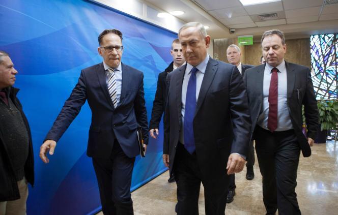 Benyamin Nétanyahou lors d'une réunion hebdomadaire de son cabinet à Jérusalem le 25 décembre.