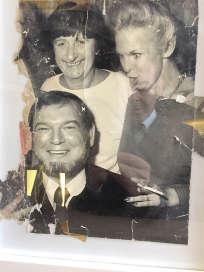 Adrienne Biasin (à gauche) avait créé, dans les années 1960, Chez la Vieille, institution du quartier des Halles, à Paris.