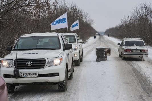 Lors d'une inspection de l'OSCE à Gorlovka, dans la région de Donetsk, en Ukraine, le 15 décembre.