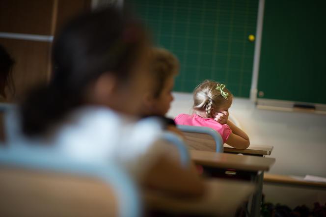 Des élèves d'une école primaire à Paris le 3 septembre 2013.
