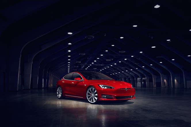 Le Model S.