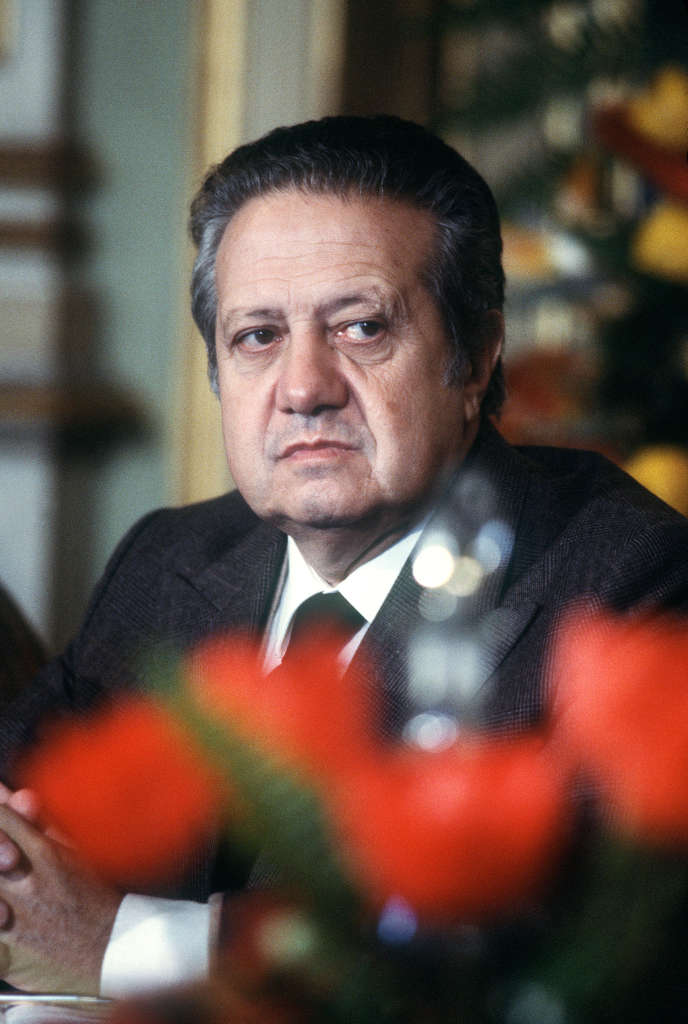 Mario Soares, premier ministre, le 19 janvier 1984, lors d'une visite officielle à Paris.