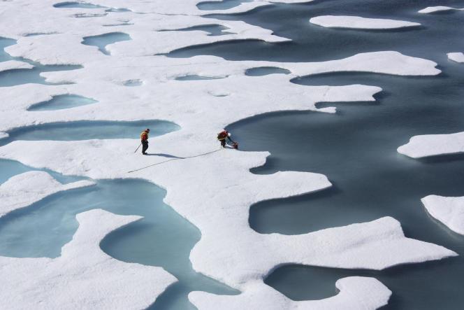 Une équipe américaine pour la ICESCAPE mission, le 12 juillet 2011 dans l'Océan Arctique.