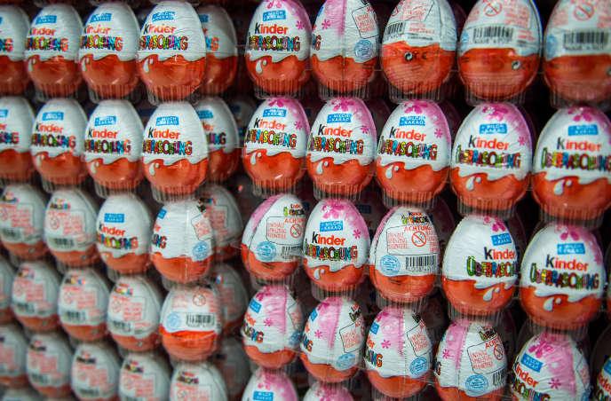 Des œufs surprises Kinder le 18 novembre 2014, dans un supermarché allemand.